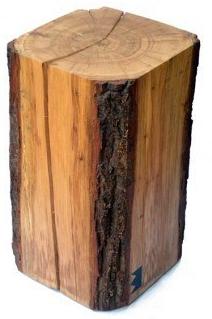 Abgerundeter Baumstammhocker Aus Eichenholz