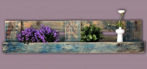 hingucker stauraumwunder wandregale aus paletten. Black Bedroom Furniture Sets. Home Design Ideas
